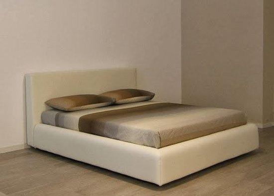 Esposizione divani a Lissone (Monza e Brianza) - Foto di Colombo ...