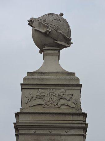 Arras, Frankrijk: La napemonde du mémorial de l'armée de l'air