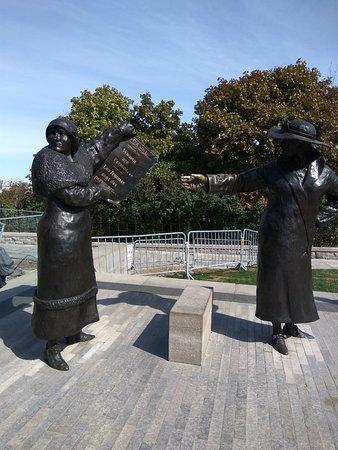 Ottawa, Canada: Famous Five Monument