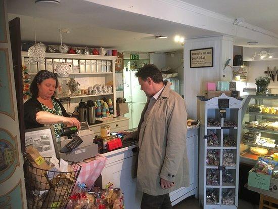 Gnesta, Sverige: Pelles och Lottas Café