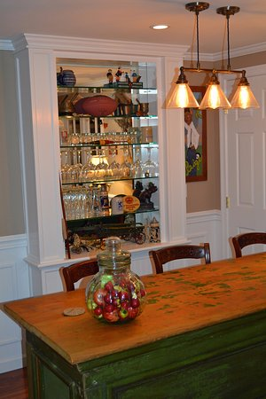 Granville, OH: Brynmor Suite