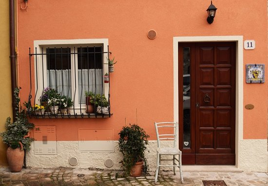 Fermignano, İtalya: getlstd_property_photo