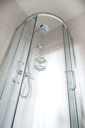 Shower - Picture of Bridge House Bed & Breakfast, Bath - Tripadvisor