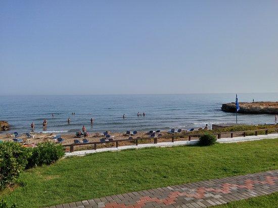 Mediterraneo Hotel: Jedna z pláží