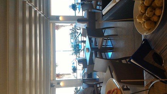 Lounge Bar: P_20161008_114110_large.jpg