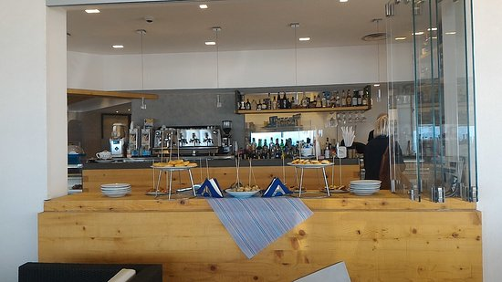Lounge Bar: P_20161008_114244_large.jpg