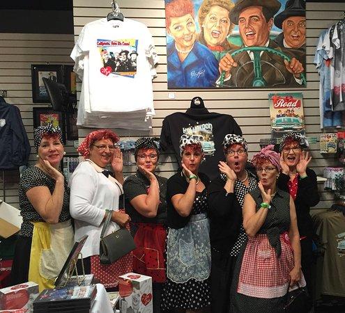 Jamestown, estado de Nueva York: 7 Ontario Lucys in the gift shop