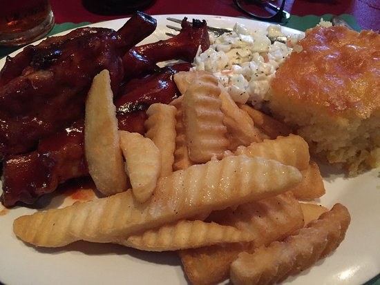 Bemus Point, NY: Rib dinner. Would recommend (though the cornbread wasn't my favourite), excellent ribs and fries
