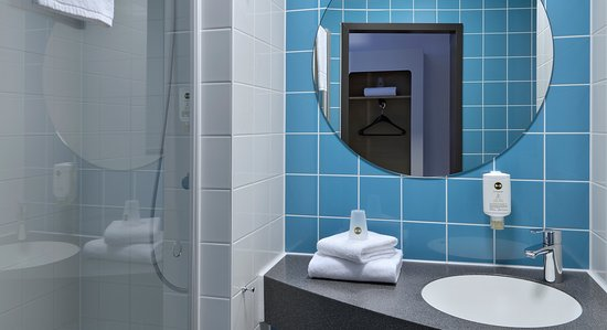 b&b hotel munster-hafen (muenster, germany) - reviews, photos, Badezimmer gestaltung