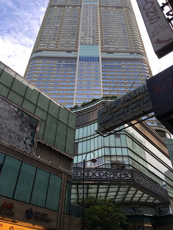 48fa9de11648 Hyatt Regency Hong Kong, Tsim Sha Tsui: Hotel is located above the K11 mall