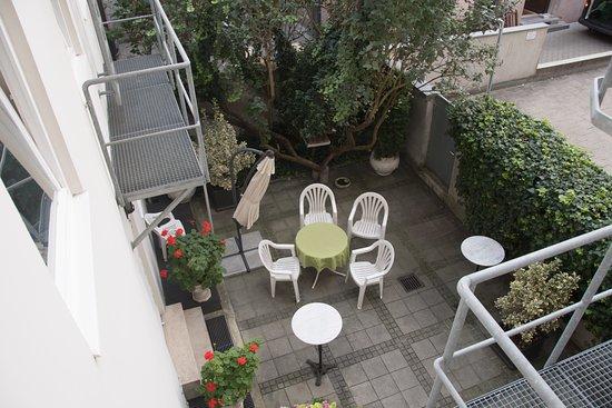 old and original furniture bild von kraft hotel m nchen tripadvisor. Black Bedroom Furniture Sets. Home Design Ideas