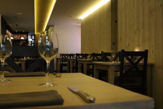 Gezellig interieur - Foto van Cuisine d\'été, Zonhoven - TripAdvisor