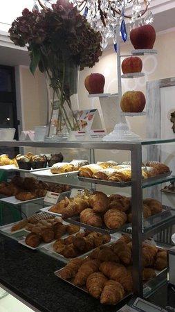 Condove, Italia: La Colazione Bar Gelateria
