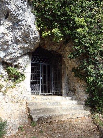 Saint-Ursanne, Suiza: Grotte de l'ermitage