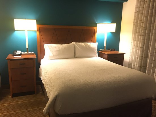 Relaxing in clean, comfortable spacious apartment with super friendly staff