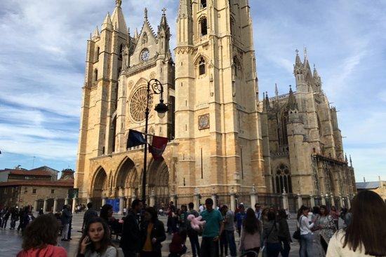Pension Sandoval: Catedral de León
