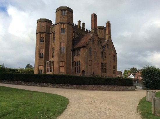 Kenilworth, UK: The Gatehouse, site of the exhibition