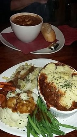 Warkworth, UK: Game pie