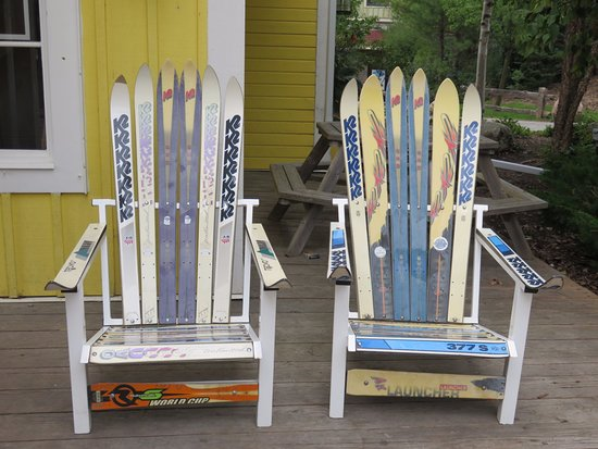 Blue Mountain Ski Resort: Ski Chairs