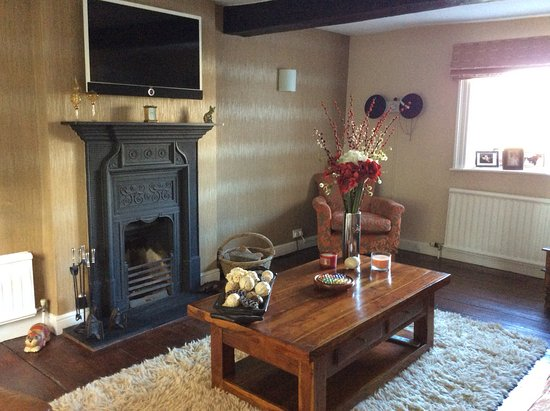 Yeadon, UK: Guest relaxing lounge
