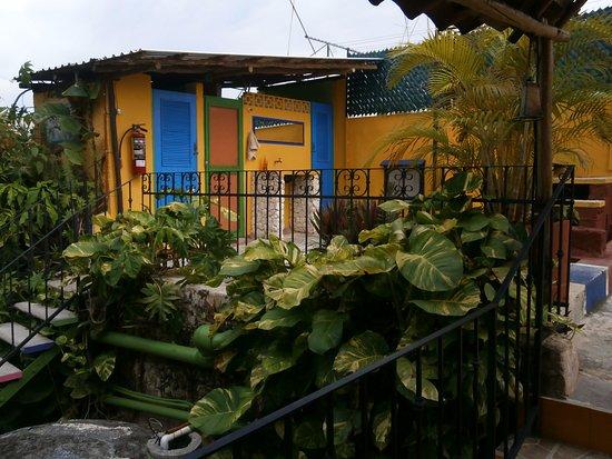 Hostel Candelaria: Lavamanos al aire libre :)