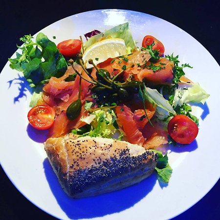 Cuccini's Restaurant & Bar: Salmon Starter at Cuccinis