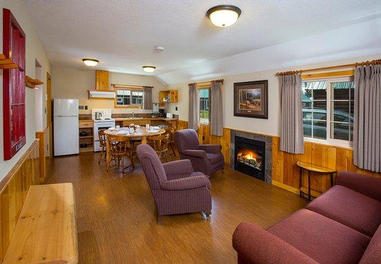 Pine Bungalows: Heritage Cabin interior
