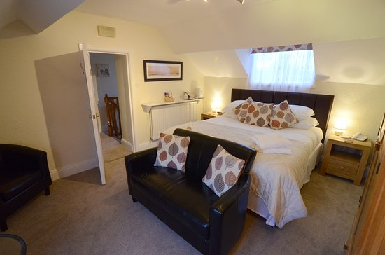 Ellerby Country Inn : Room 3 - family bedroom