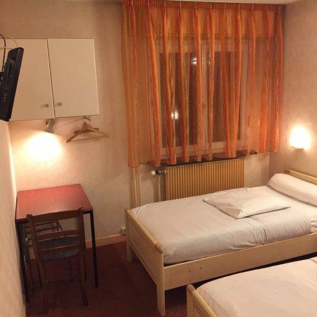 Hotel Europeen : Chambre lits jumeaux
