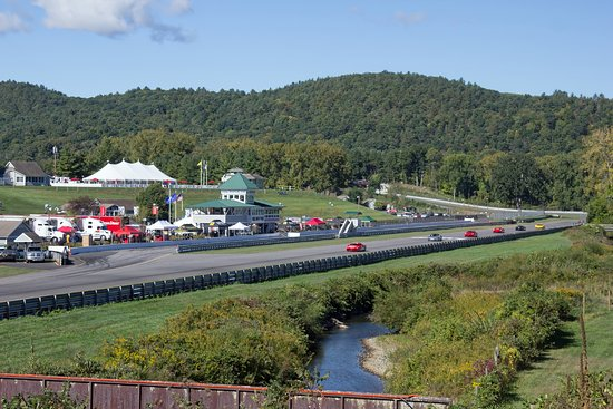 Lakeville, Коннектикут: Lime Rock raceway.