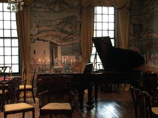 Winterthur, DE: Sitting room