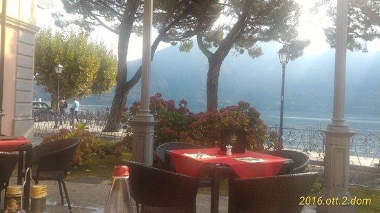 Lenno, Italia: Vista sul lago lariano.
