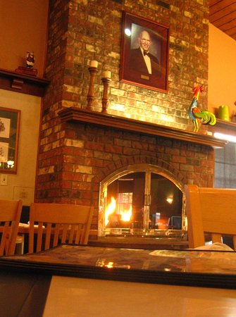 Elmer's Restaurant - Albany : Fire Place - Inside: Home Atmosphere