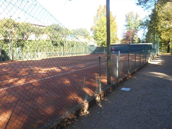 Abano Terme, Italy: Tennis.