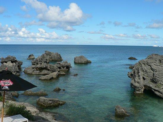 St. George, Islas Bermudas: rocks and shallow water