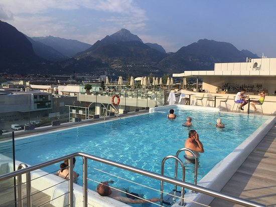 Hotel Kristal Palace - Tonelli Hotels: roof top pool