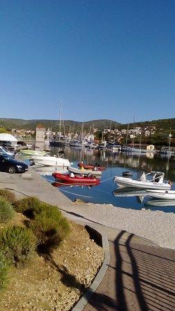 Marina, Chorwacja: pohled na Marinu