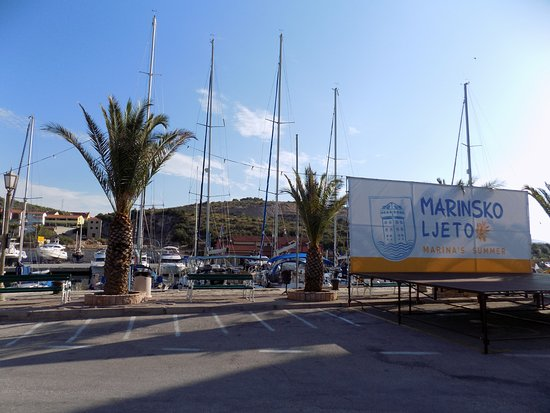 Marina, Kroatië: Marinské léto