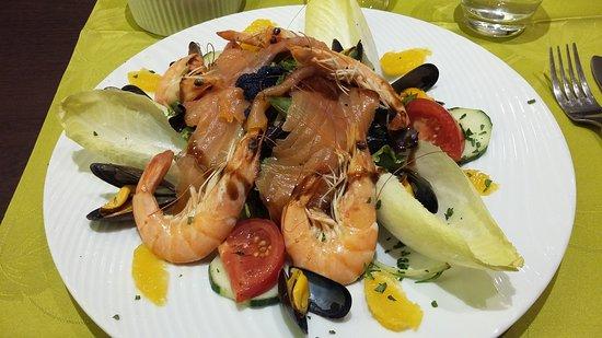 Port-Vendres, France: La salade côté mer
