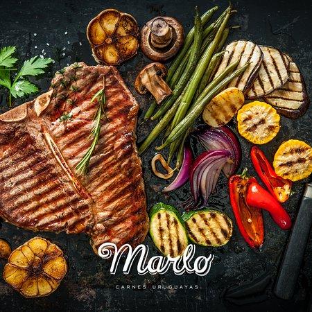 Marlo Parrilla: Detalle de carnes y vegetales recien salidos de nuestro asador