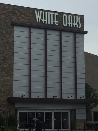 ‪White Oaks Mall‬