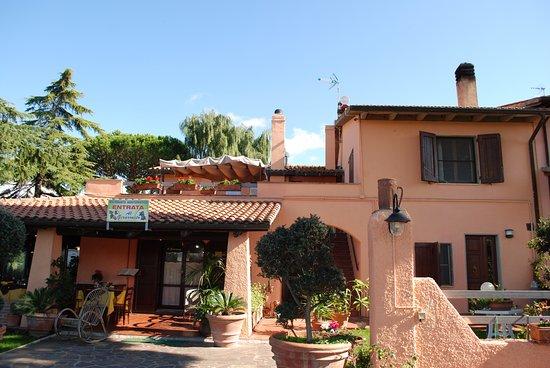 Ristorante Agrituristico Al Girarrosto: locale ristorante