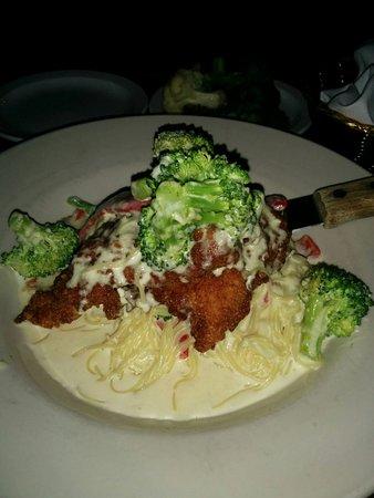 Garrett, IN: Asiago Crusted Chicken Pasta!!! Phenominal!!!