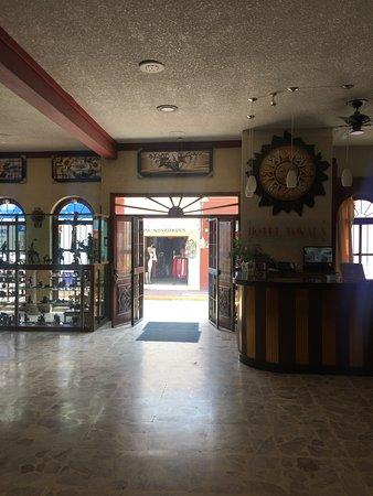 Hotel Tonala Photo