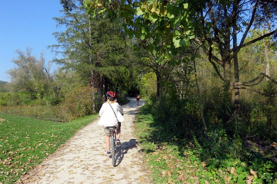 Peninsula, OH: Towpath trail
