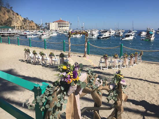 Dana Point, CA: A perfect spot for a small beach wedding...