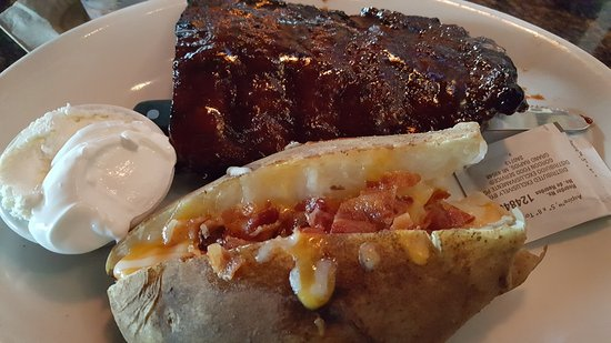 Bj S Restaurant Brewhouse Half Rack Of Ribs With Baked Potato