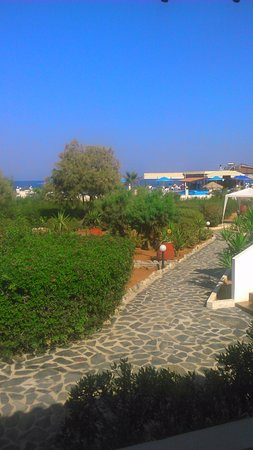 Zorbas Beach Village Hotel: View from front veranda of two-bed apartment