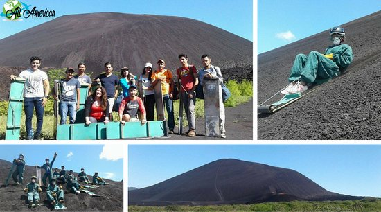 Leon, Nicaragua: Chicos disfrutando del Tour cerro negro