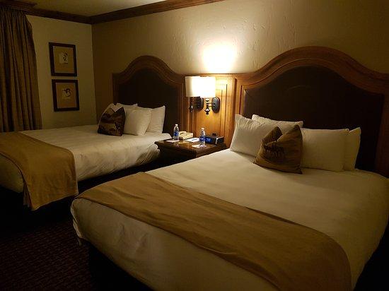 Snake River Lodge and Spa: 20160926_225640_large.jpg